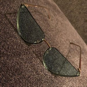 Rimless Cat Eye Fashion Glasses With Cut Off Lens